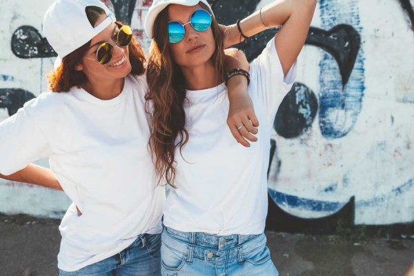 Shirt-Look-Mit-zwei-Basic-Teilen-drei-coole-LooksybhfYstakis1b