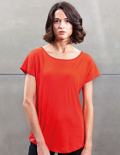 Womens Loose Fit T   Mantis